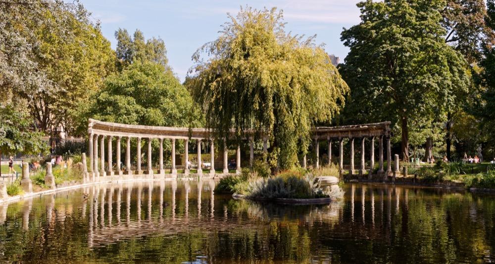 Parc Monceau Colonnade