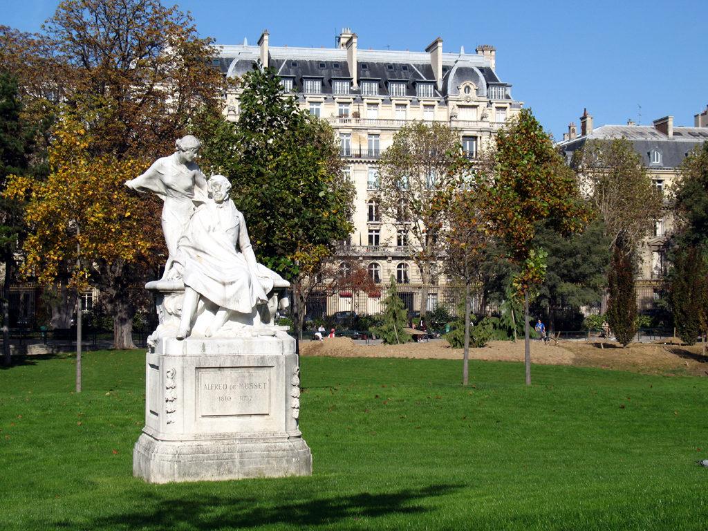 Statues Monceau
